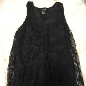 Black tank top with design